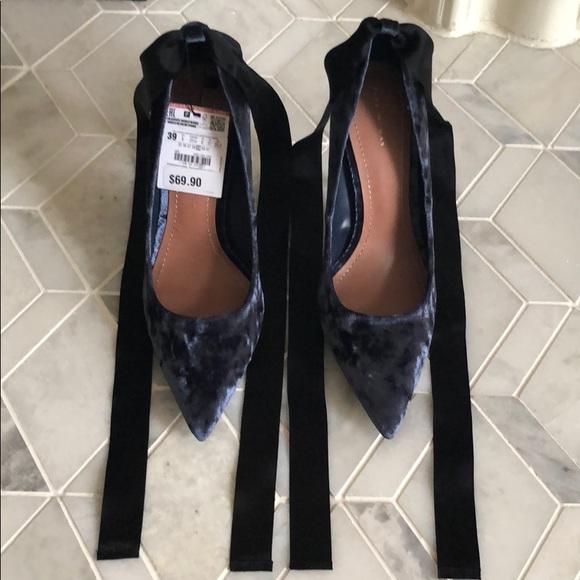 ce2acf8aaf7 Zara velvet heels
